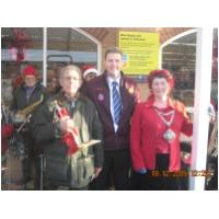 Christmas Carols at Sainsbury's, Hunstanton collecting for the Mayor's Fund. Alf Ball - HCB Band Manager, Pat Wymer - Sainsbury's Manager and Christine Earnshaw - the Mayoress of Hunstanton - December 19th, 2009 - Photo Angie and Darren Burrows