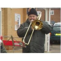 Daryle joins the troops outside Sainsbury's Hunstanton - 23rd December 2008